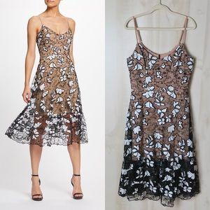 Dress The Population Ada Lace Midi Dress Large